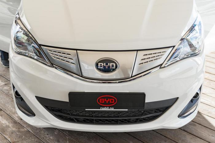 BYD ETP3 front. Foto: Jamieson Pothecary